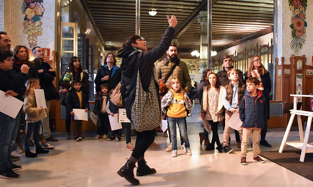 Valencia Family Tour- child family guided tour-  cultural heritage walk - urban tourism